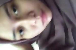 Jilbab unexcelled karir
