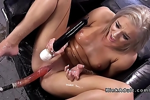 Tow-haired bonking appliance together with squirting