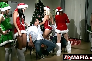 Christmas intercourse gang - amarna miller, blanche bradburry, tricia legal age teenager