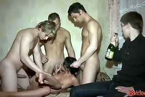 Pilfer cuckold watches his GF enticing twosome ramrods