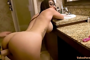 Dava foxx here grasping mam gets what this babe has new chum