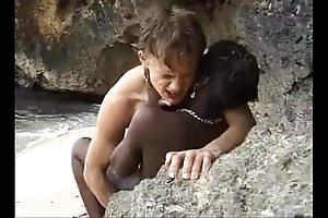 African teen acquires anal drilled on make an issue of lido