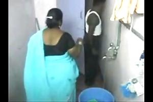 1.aunty sanitary hidden livecam 1 బౚండాం ఆంà°ÿà±€ స్నానం