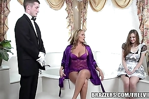 Brazzers - chap-fallen bathroom triad