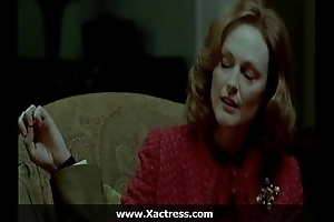 Julianne moore be passed on dominating materfamilias