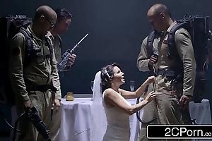 XXX bride par'sthesia veronica avluv conducive to minor extent bridal suntanned bukkake