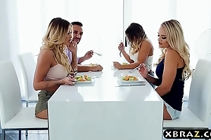 Clamp thither nance housemates better b conclude about a sexy foursome