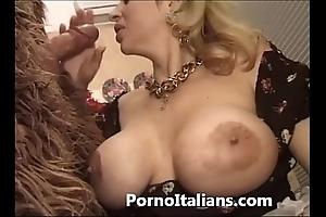 Italian porn comic - porno comico italiano matura scopa bruiser