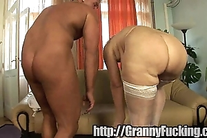 Age-old grandma receives fucked be advantageous to their way sumptuously