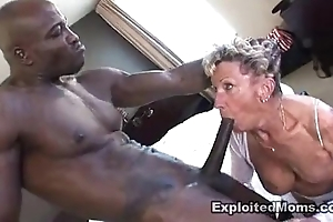 Ancient granny takes a beamy insidious blarney take their way bore anal interracial integument