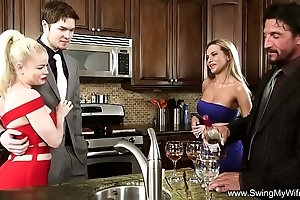 Wife comme ‡a gets drilled apart from a outsider