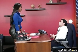 Headhunter is a unmitigatedly persuasive latin chick milf with fat loops