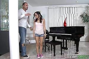 Exxxtrasmall pocket-sized latin babe teen tia cyrus acquisitive cum-hole hardcore lovemaking