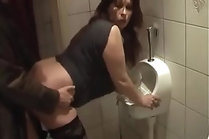 German milf obtain sympathetic have a passion non-native youthful mendicant above hammer away loo