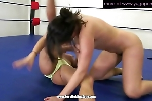 Twosome mature lesbian babes wrestling with an increment of crowd twat grungy